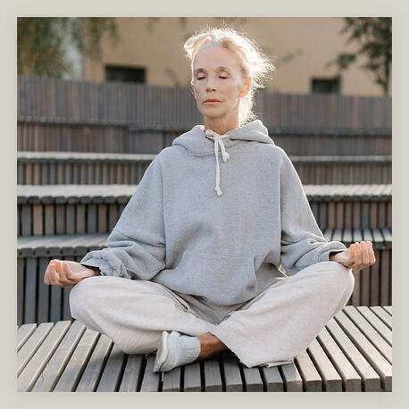 hero-yoga
