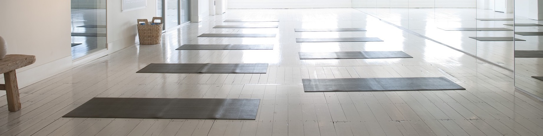 yoga-2959230_1920-2