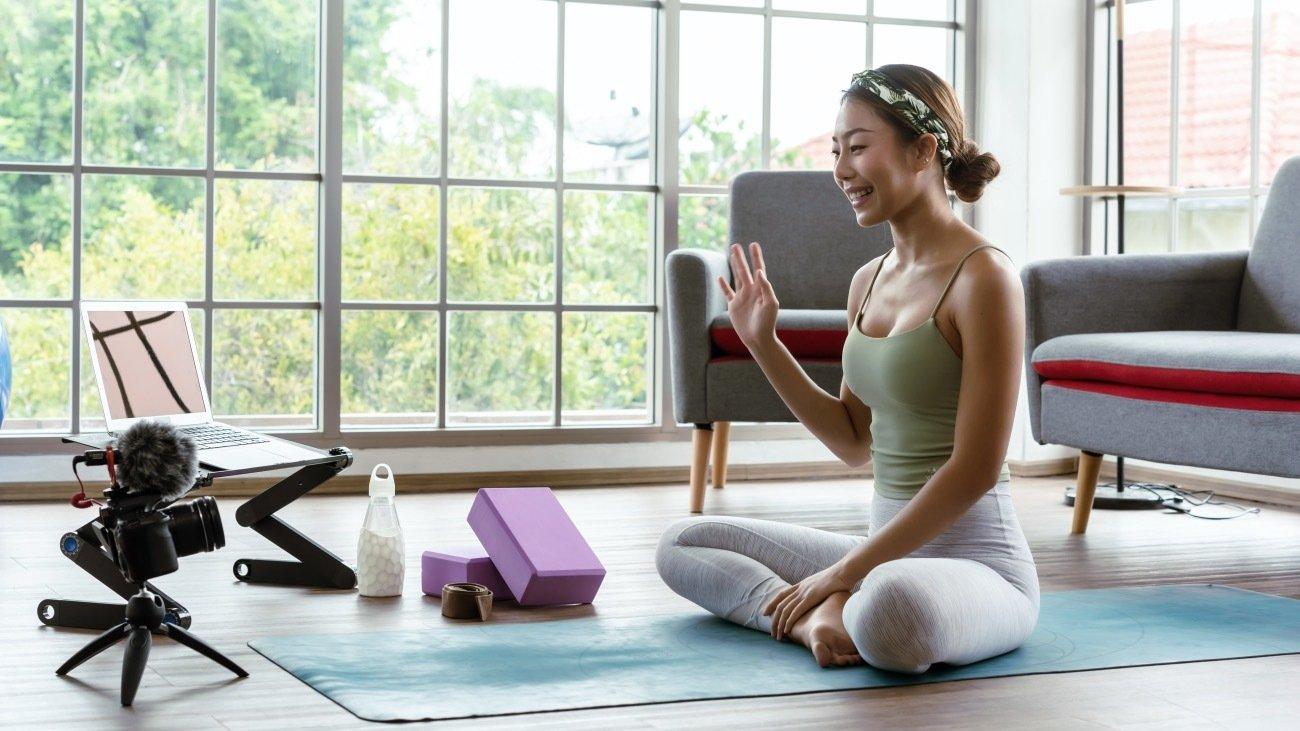 stream yoga online-1